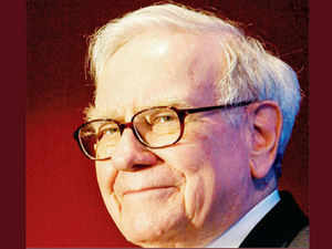 """""""The Fed is the greatest hedge fund in history,"""" Buffett told students yesterday at Georgetown University in Washington."""