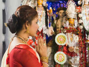 Jewellery brand to do up the Sreebhumi Sporting Club Durga idol with 10 kg of 22-carat gold ornaments as part of its brand promotion blitz.