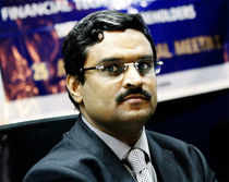 Financial Technologies India (FTIL) Chairman and CEO Jignesh Shah today said he is a victim of management fraud at NSEL and sought support from shareholders and the government to tide over this bad phase.
