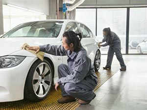 The automotive industry is increasing its reliance on temporary workers even more during this slowdown. But it desperately needs a win-win solution that can avoid ugly conflicts between companies and their workforce.