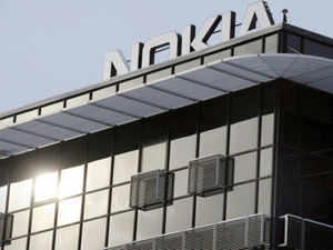 Targetting camera aficionados, Nokia India today unveiled its much-anticipated 41 megapixel camera phone Lumia 1020, which will hit shelves on October 11.