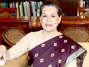 Sonia Gandhi spoke to Prime Minister Manmohan Singh, hours after Rahul caused political tremors with his denunciation of the ordinance.