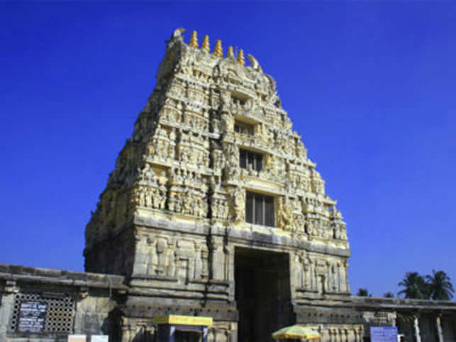 Chennakesava Temple boasts of art in stone and is one of the finest examples of architecture during the Hoysala dynasty.