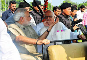 Advani endorses Modi as BJP's PM candidate for first time