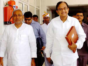 Analysts say a JD(U)-Congress pact can help consolidate Muslim votes because the chief minister has been working to ensure the support of Pasmandas
