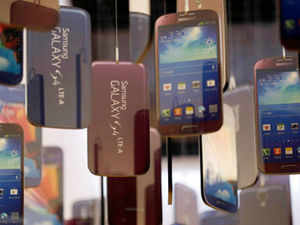 Samsung India today launched two devices under its Galaxy series, priced at Rs 6,750 and Rs 8,290