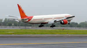 Government's move to hand over airports developed by the Airports Authority of India (AAI) to private parties suffered a minor setback