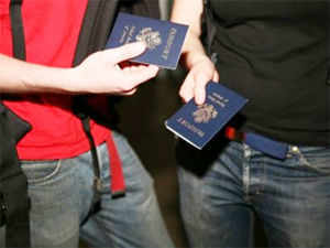 Sikh student denied to board bus for wearing kirpan in US
