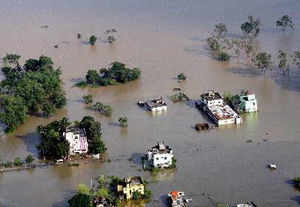 The World Bank has praised India's evacuation of nearly 10 lakh people in Odisha and Andhra Pradesh, which ensured minimal loss of human lives.