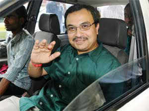 Suspended Trinamool Congress MP Kunal Ghosh today met officials of the SFIO, which had grilled him yesterday in connection with the Saradha chit fund scam in West Bengal.