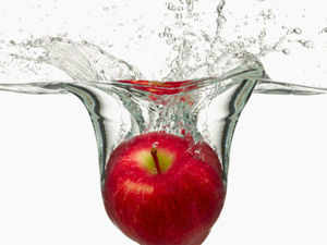 Initially the apple sold at Rs 100/ kg but in August with more fruit flooding the market prices dropped to Rs 50/ kg across various major agri-marts in India.
