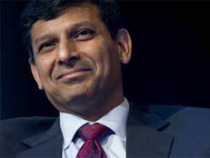 RBI Governor Raghuram Rajan has indicated that new banking licences would be issued as early as January 2014 and that he would make the process more frequent.