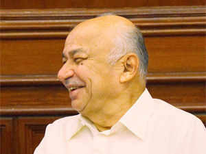 Four TDP MPs gheraoed Sushilkumar Shinde outside his North Block office and demanded inclusion in the GoM on Telangana of representatives from the JAC