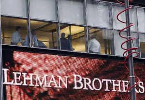 Five years after the fall of the mighty Lehman Brothers, the world's confidence in the top 50 banks continue to remain negative, except in Asia, according to a global survey.