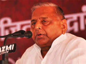 Senior SP MP Naresh Agarwal has appealed to his party chief Mulayam Singh Yadav to snap ties with the UPA government.
