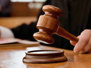 A Delhi court directed CBI to provide to an accused in the 2G case a copy of a self-contained note regarding the alleged transaction between Tatas and Unitech