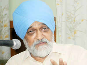 """Montek Singh termed the decision to allot Talabira-II coal mine to Hindalco by the PM as """"absolutely right"""" and said investigating agencies need to develop a """"civilised approach"""" to the business of investigation"""