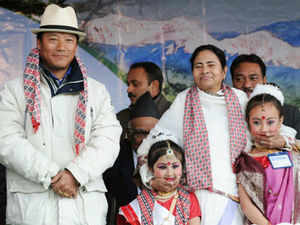 Political scenario in troubled Darjeeling hills has started taking turn again indicating a new closeness between the Gorkha Janamukti Morcha(GJM) and Trinamool Congress.