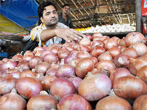 Onion prices touched Rs 100 per kg yesterday in some major cities as supplies remained tight.