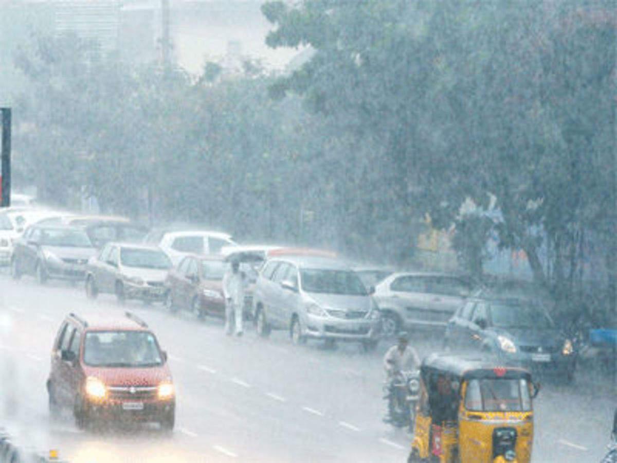 Heavy downpour in Andhra Pradesh