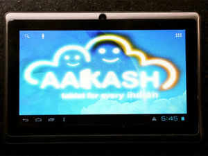 In the first phase, Aakash 4 tablets will be given to engineering institutes which will be directly bought from vendors empanelled by the DGS&D.