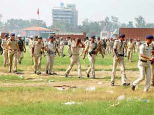 Seven low-intensity serial blasts shook areas in and around the venue of Narendra Modi's 'Hunkar Rally' at Gandhi Maidan yesterday.