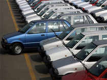 The country's largest carmaker beat estimates with a 195% rise in quarterly net profit pushed by strong export earning, favorable forex rates and better product-mix.