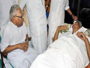 Kerala Chief Minister Oommen Chandy, who was kept under observation in hospital for injuries sustained during stone pelting by suspected LDF workers in Kannur, was today discharged.
