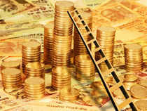 Gold prices dropped by Rs 420 to Rs 31,930 per ten gram in the national capital today owing to slackened demand driven by weak global trend.