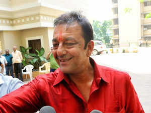 Sanjay Dutt, who was on a leave of furlough, left his home for Pune this morning to serve his remaining jail term in connection with the 1993 Mumbai blasts.