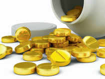 Gold stretches losses on lower demand, silver recovers