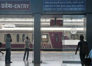 As per the decision, station masters and assistant station masters will be relieved from the responsibility of selling train tickets at small stations.