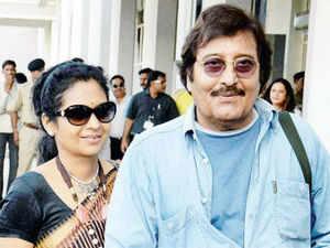 Vinod Khanna with wife Kavita