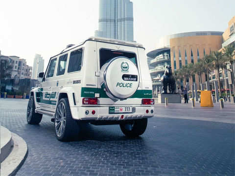 Based On The Mercedes Benz G63 Amg Dubai Police Adds The Brabus B63s 700 Widestar To Its Collectionbased On The Mercedes Benz G63 Amg Dubai Police Adds The Brabus B63s 700 Widestar To Its
