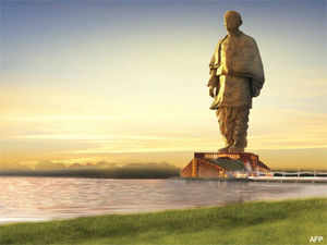 The Statue of Unity will be built inside the Narmada River, 3.2 km downstream of Sardar Sarovar Dam and Shoolpaneshwar Sanctuary.