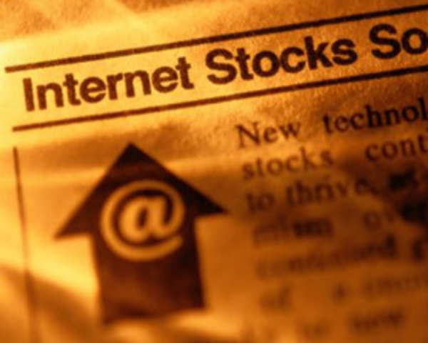 Stock trading recommendations by experts