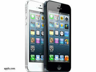 Reliance Communications has been assured by Apple of guaranteed iPhone 5s supplies from December 10 which will help it clear a backlog of around 50,000 pre-booked orders as well as cater to new demand.