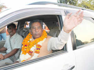 Former minister Ghanshyam Tiwari defeated his nearest rival of Congress Sanjay Bapna on Sanaganer constituency here. (BCCL)