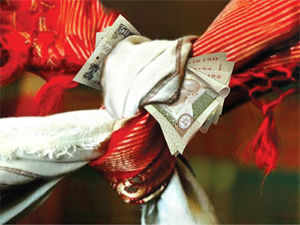 Airlines may be offering discounts and gold traders may be struggling to meet wedding season demand, but most Indian weddings are leaner than usual this year.