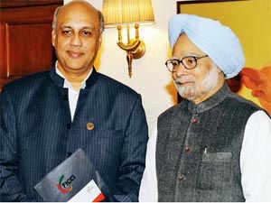 New Ficci president Sidharth Birla with PM Manmohan Singh in New Delhi on Monday.