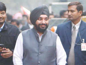 """""""We will definitely raise our voices if any party tries to settle its political vendetta,"""" Delhi Congress Chief, Arvinder Singh Lovely said."""