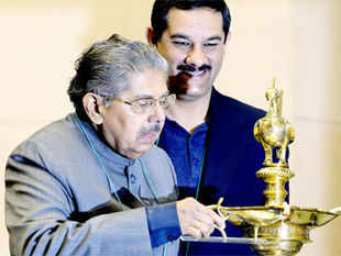 Vayalar Ravi ruled out any move to make provisions for Indians living abroad to vote in elections from outside the country.