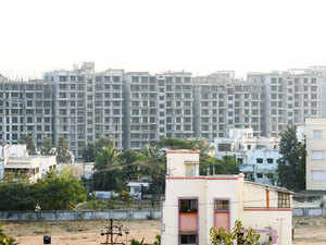 Piramalhas formed a strategic alliance with Canada Pension Plan Investment Boardto provide rupee debt financing to residential projects in Indian cities.