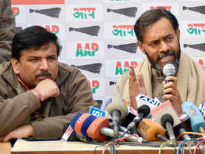 """""""Ambani's KG basin scam is much bigger than Bofors scam,"""" AAP's Yogendra Yadav alleged, adding, """"It is surprising that Modi and BJP have kept mum on the issue."""""""