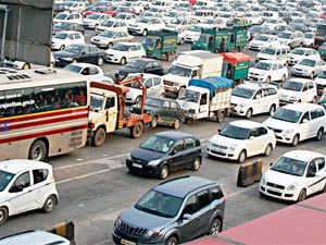 HC directs IDFC to take over the Delhi-Gurgaon Expressway project and dismantle contentious Sirhol toll plaza at border.