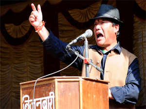 GorkhaJanmuktiMorchatoday said it would take the agitation for a separate state in Darjeeling hills to Delhi as the passage of theTelanganabill had set a precedent.