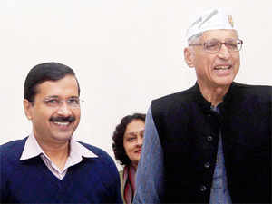 TheAamAadmiParty (AAP) got a shot in the arm when Rajmohan Gandhi, grandson of Mahatma Gandhi, joined the party today