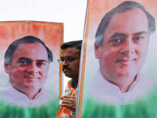TamilNaduCongress today claimed that there was growing opposition in the state to theJayalalithaagovernment's move to release all seven convicts in theRajivGandhi assassination case.