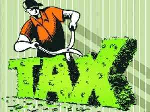 PunjLloyd has come under the scanner of the central excise department over alleged pending Service Tax liability ofRs61crore.