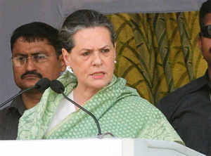 TKilliKruparanisaid she and her other colleagues had made a demand toSonia Gandhi thatVisakhapatnambe made the new capital of theSeemandhra.